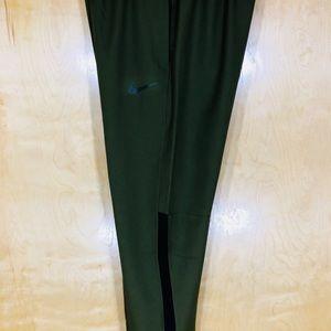 NWT Nike Men's Dri Fit Pants-927380